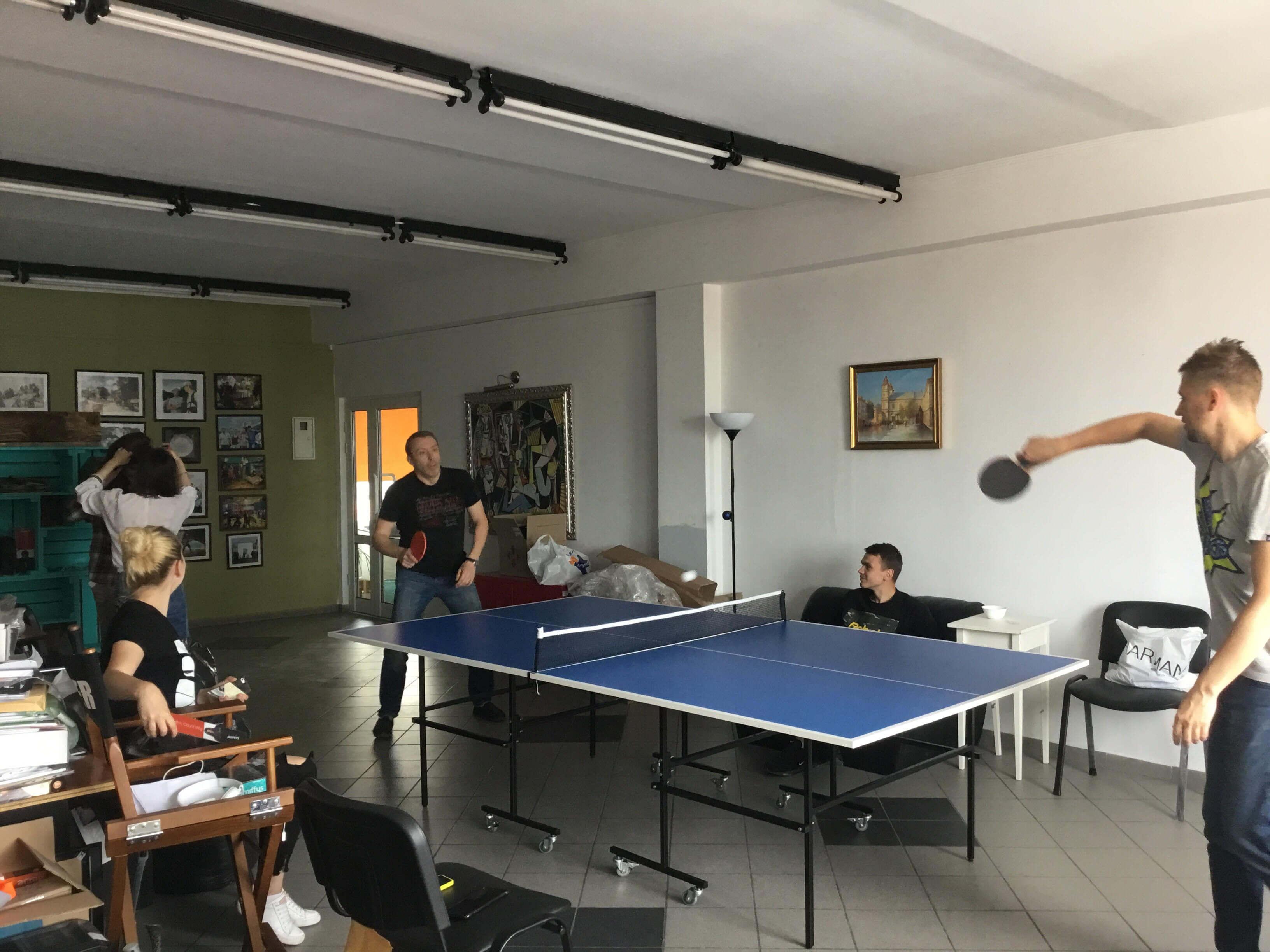 Розваги у VITAMIN: як проводить час рекламна агенція