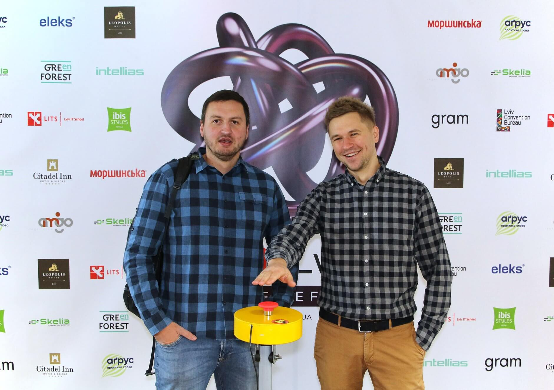 Занотовуючи важливе, VITAMIN на TEDxLviv2018